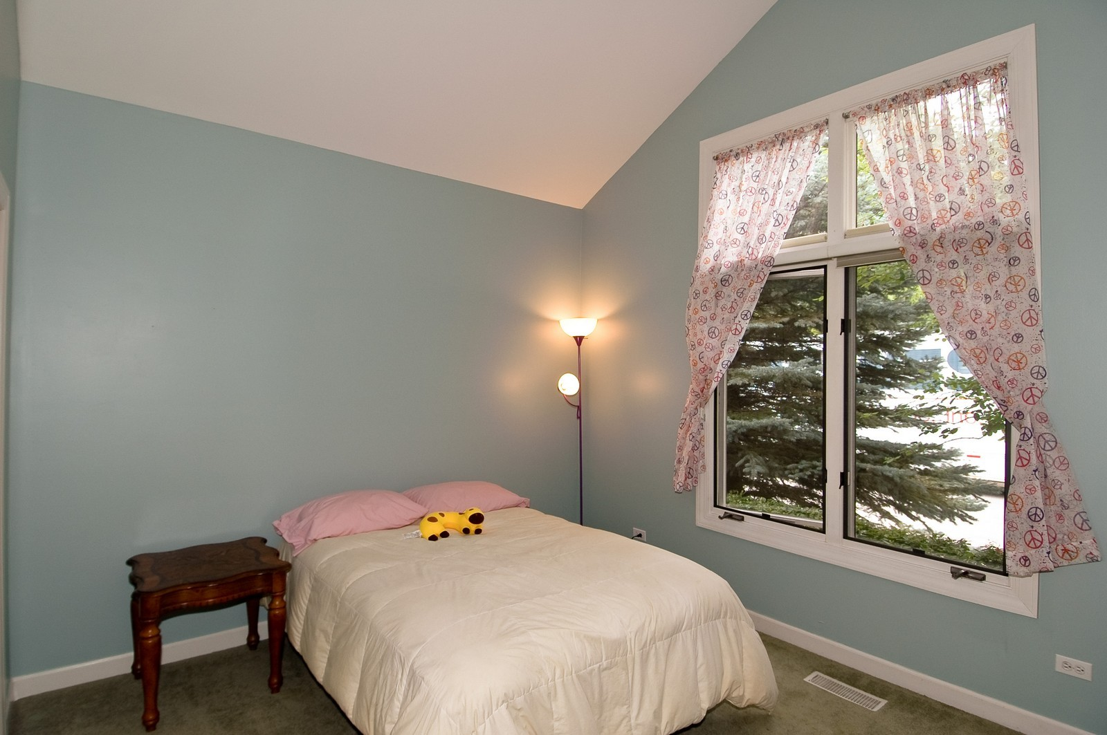 Real Estate Photography - 210 Course Dr, Lake in the Hills, IL, 60156 - Bedroom
