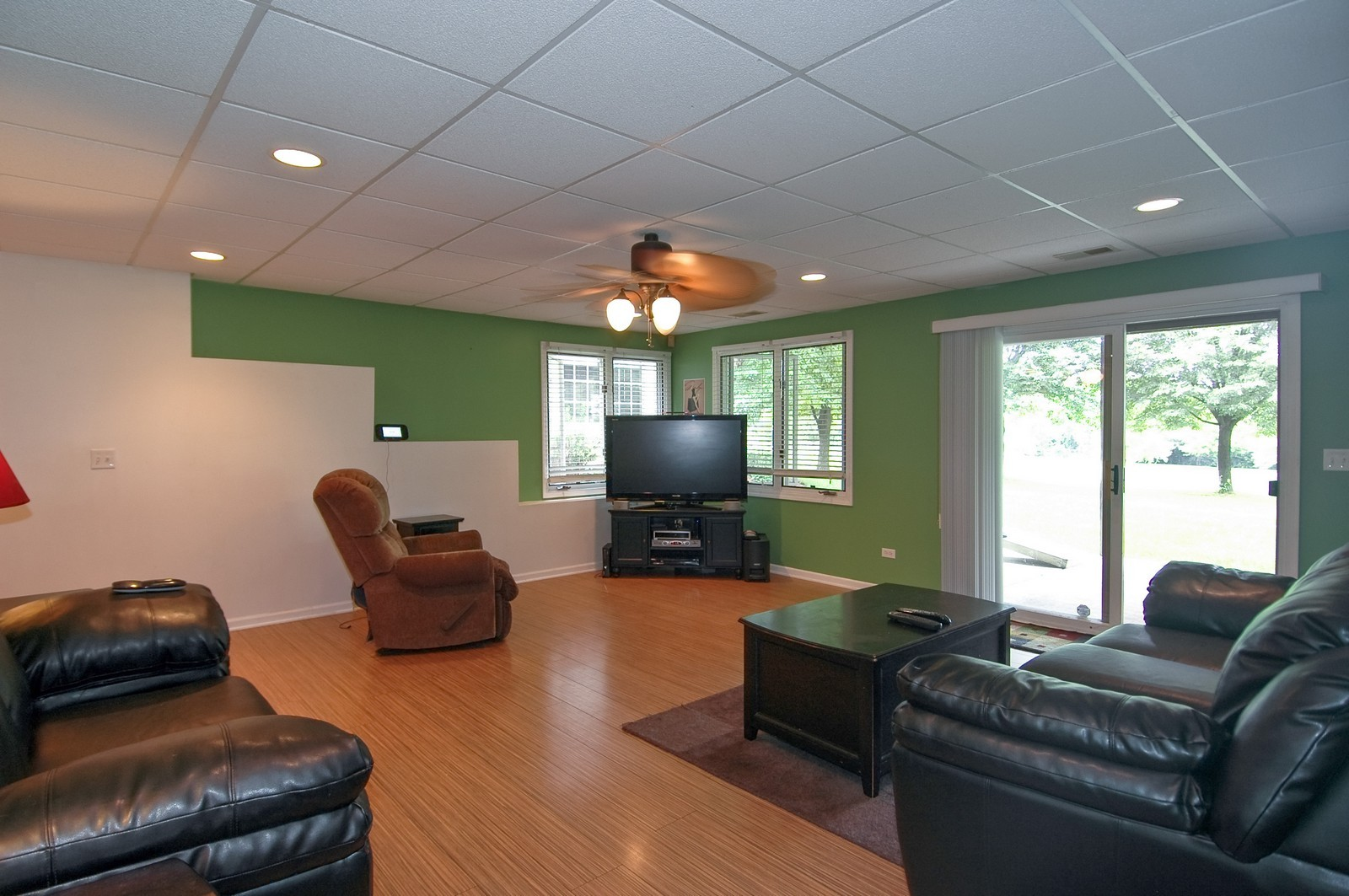 Real Estate Photography - 210 Course Dr, Lake in the Hills, IL, 60156 - Family Room