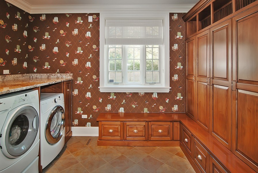 Real Estate Photography - 1105 Park Ave, River Forest, IL, 60305 - Laundry Room