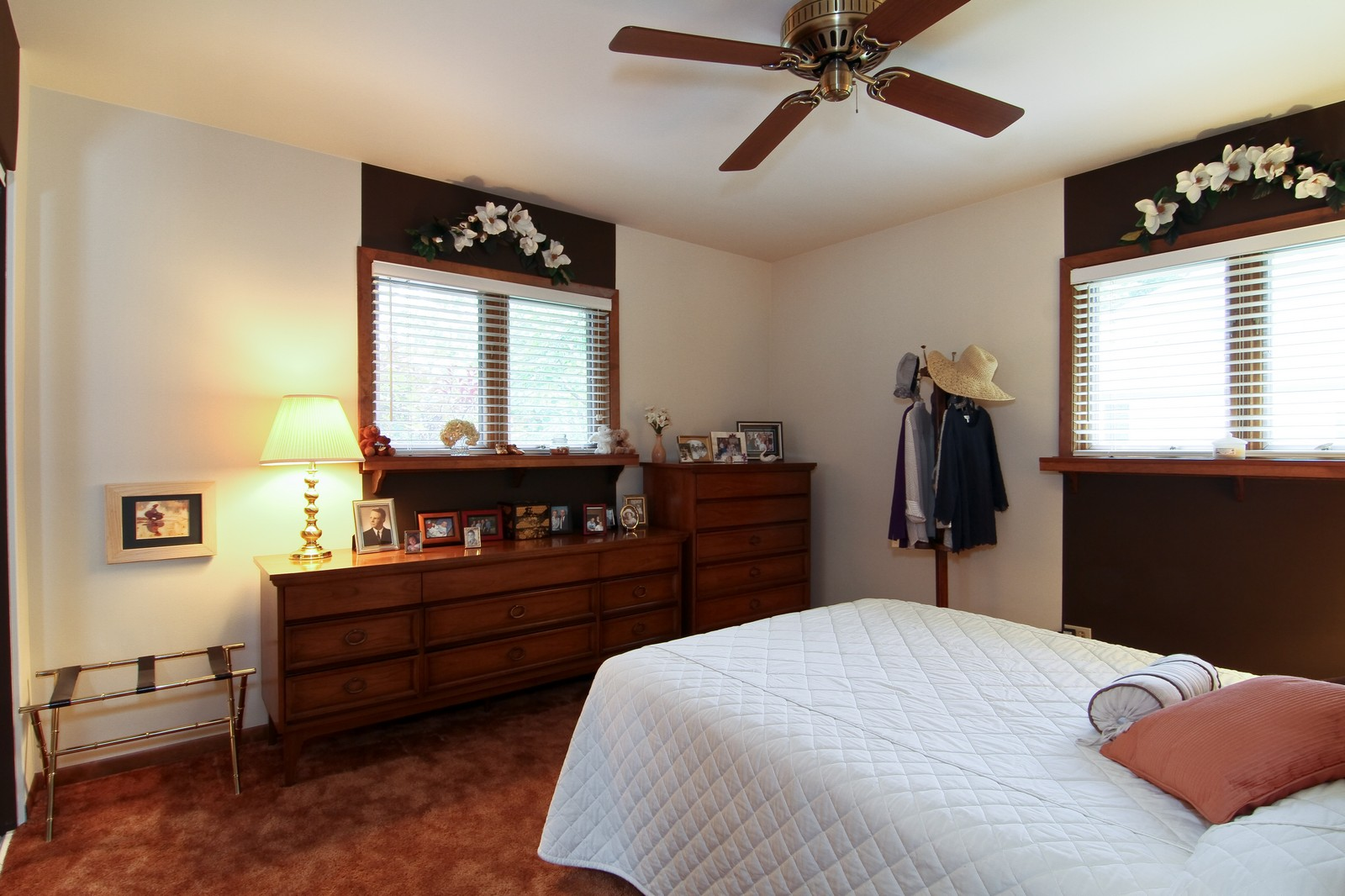 Real Estate Photography - 6801 Leonard Dr, Darien, IL, 60561 - Master Bedroom