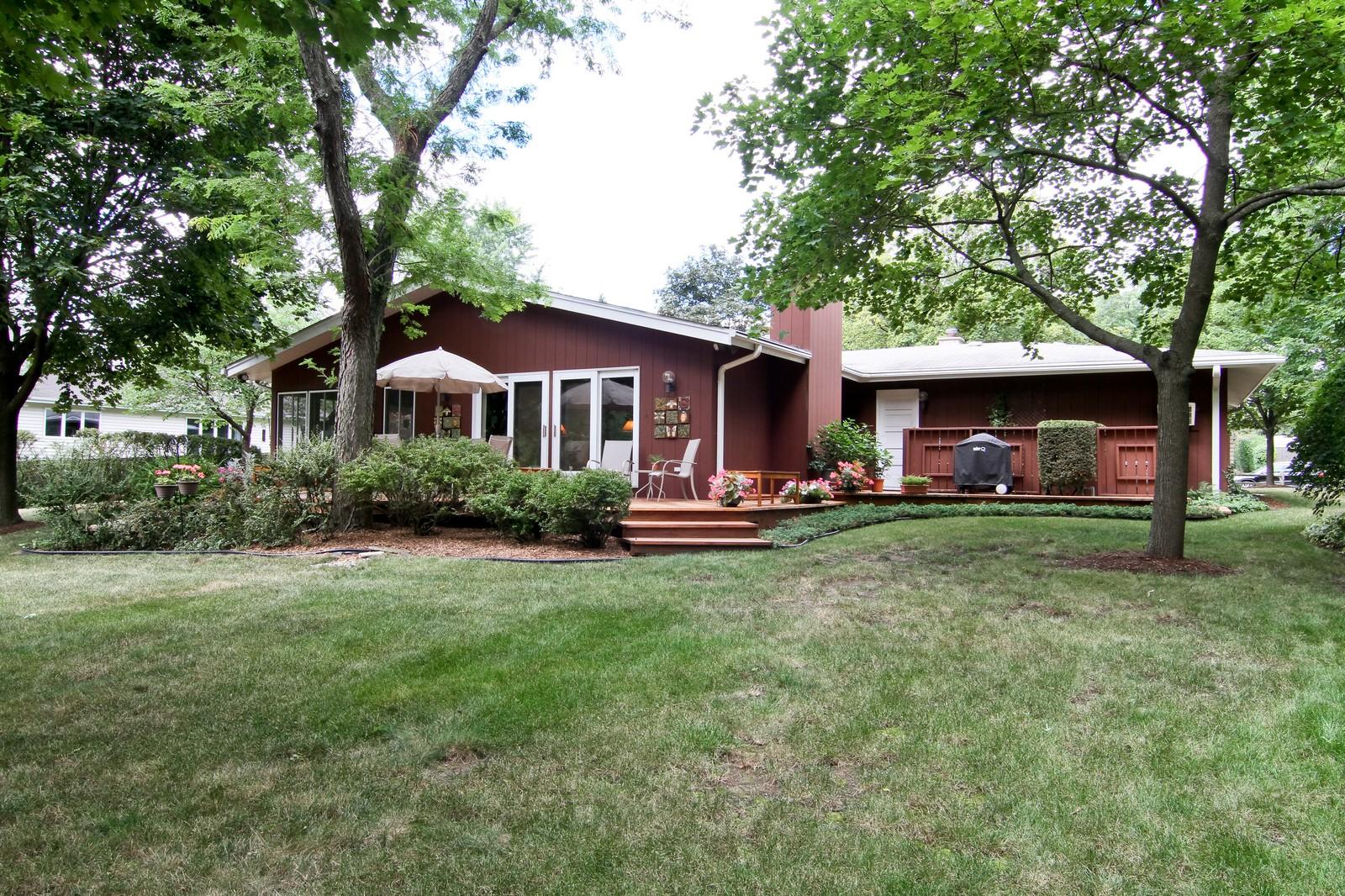 Real Estate Photography - 6801 Leonard Dr, Darien, IL, 60561 - View
