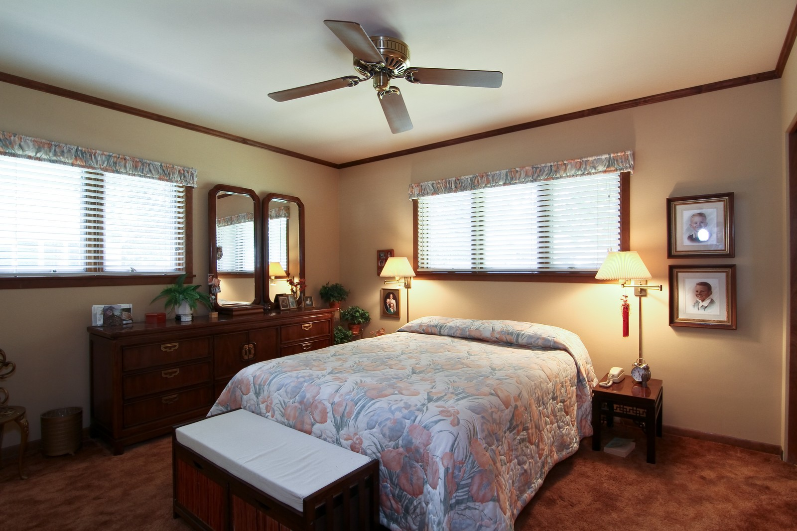 Real Estate Photography - 6801 Leonard Dr, Darien, IL, 60561 - Bedroom