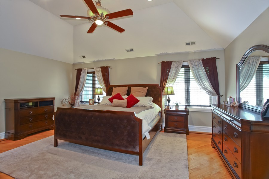 Real Estate Photography - 2529 W Kelly Dr, Woodridge, IL, 60517 - Master Bedroom