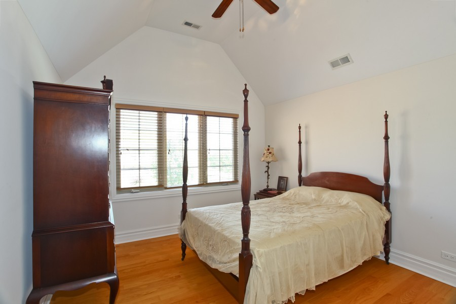 Real Estate Photography - 2529 W Kelly Dr, Woodridge, IL, 60517 - 3rd Bedroom