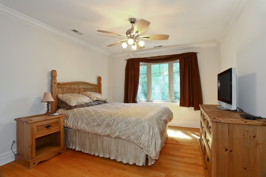 Real Estate Photography - 2529 W Kelly Dr, Woodridge, IL, 60517 - Bedroom