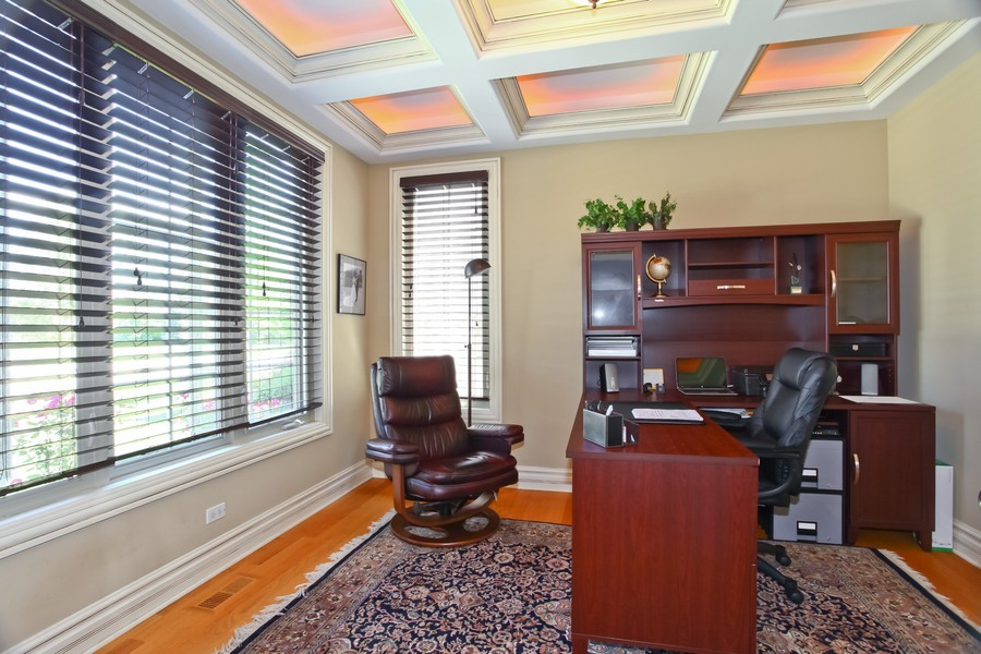 Real Estate Photography - 2529 W Kelly Dr, Woodridge, IL, 60517 - Office