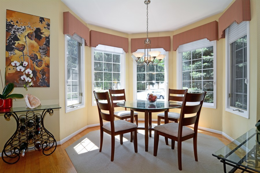 Real Estate Photography - 436 Hill Ct, Clarendon Hills, IL, 60514 - Breakfast Nook