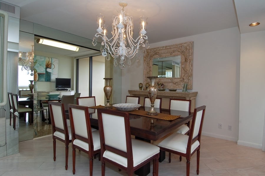 Real Estate Photography - 19707 Turnberry Way, Unit 18J, Aventura, FL, 33180 - Dining Room