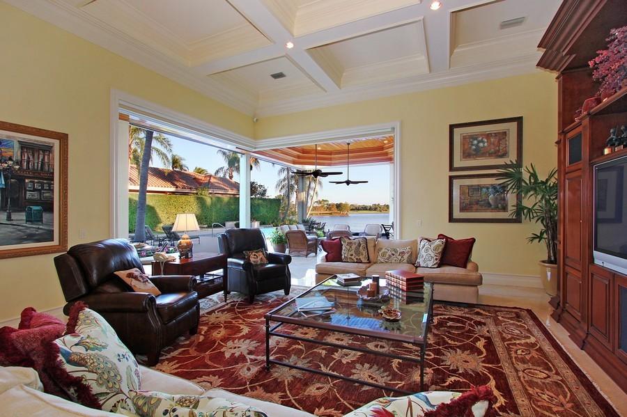 Real Estate Photography - 260 Locha, Jupiter, FL, 33458 - Family Room