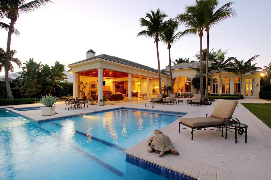 Real Estate Photography - 260 Locha, Jupiter, FL, 33458 - Pool