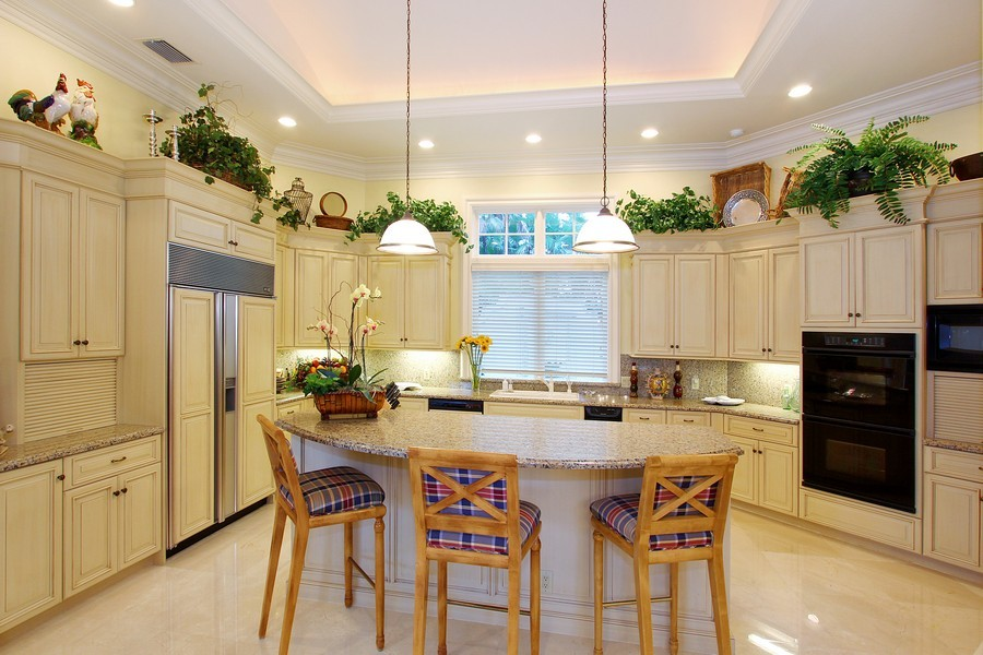 Real Estate Photography - 260 Locha, Jupiter, FL, 33458 - Kitchen