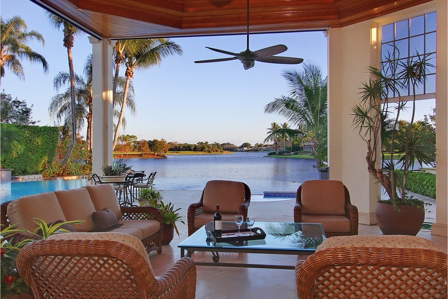 Real Estate Photography - 260 Locha, Jupiter, FL, 33458 - Loggia