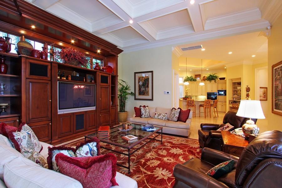 Real Estate Photography - 260 Locha, Jupiter, FL, 33458 - Family Room / Kitchen