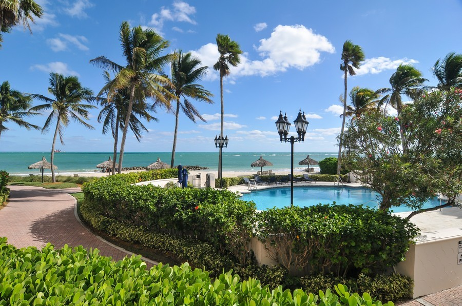 Real Estate Photography - 7915 Fisher Island Dr, Fisher Island, FL, 33109 - Pool