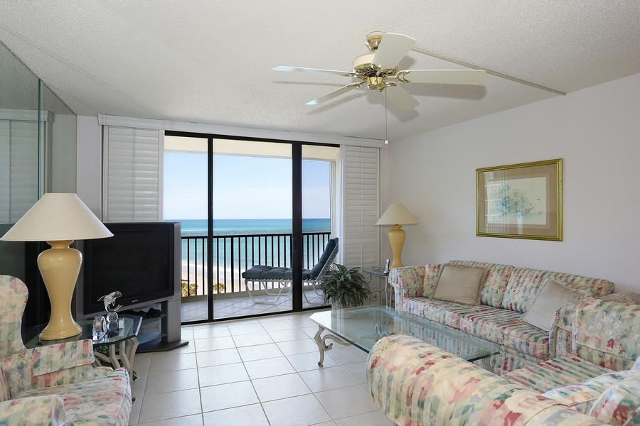 Real Estate Photography - 300 Ocean Trail Way, Apt 903, Jupiter, FL, 33477 - Living Room