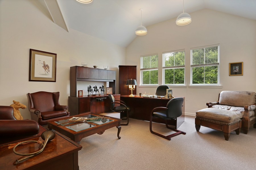 Real Estate Photography - 36225 Covington Rd, Dade City, FL, 33525 - Office