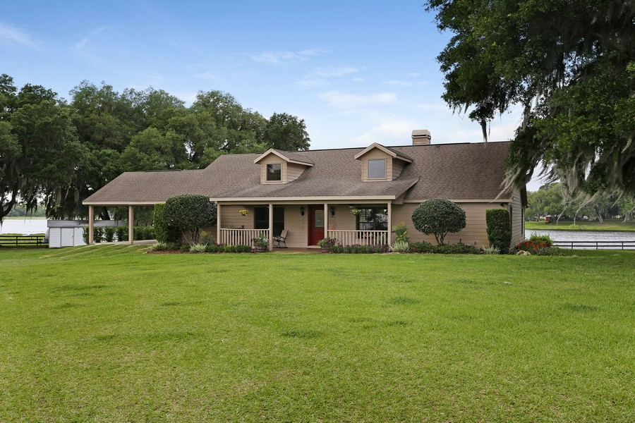 Real Estate Photography - 36225 Covington Rd, Dade City, FL, 33525 - Front View
