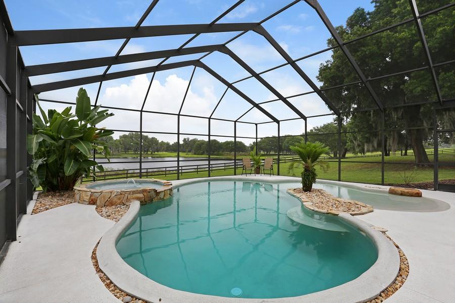 Real Estate Photography - 36225 Covington Rd, Dade City, FL, 33525 - Lanai