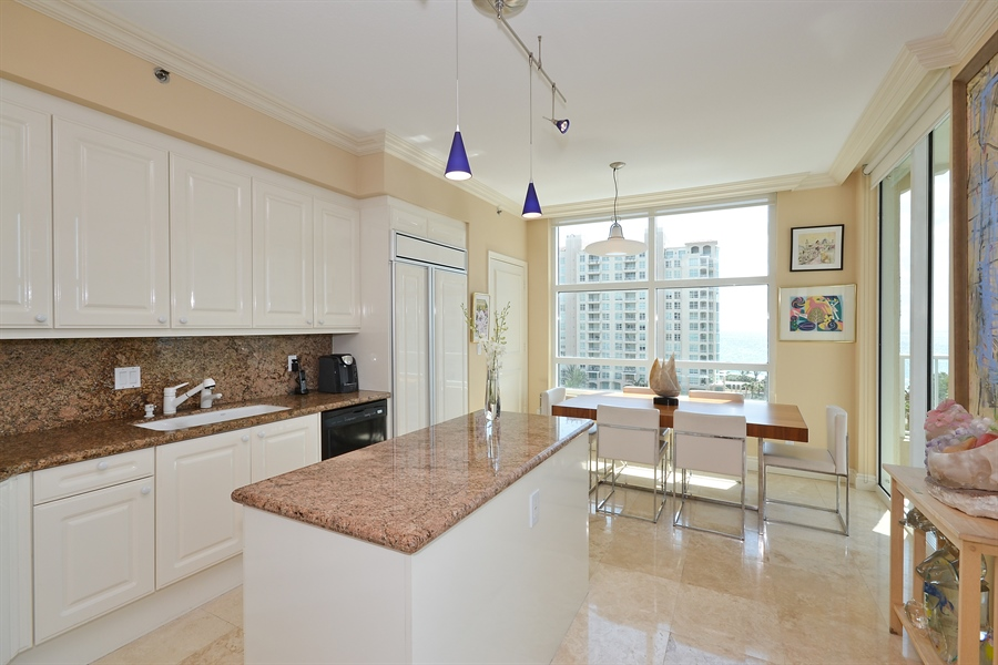 Real Estate Photography - 3720 S Ocean Blvd, Apt 901, Highland Beach, FL, 33487 - Kitchen / Breakfast Room
