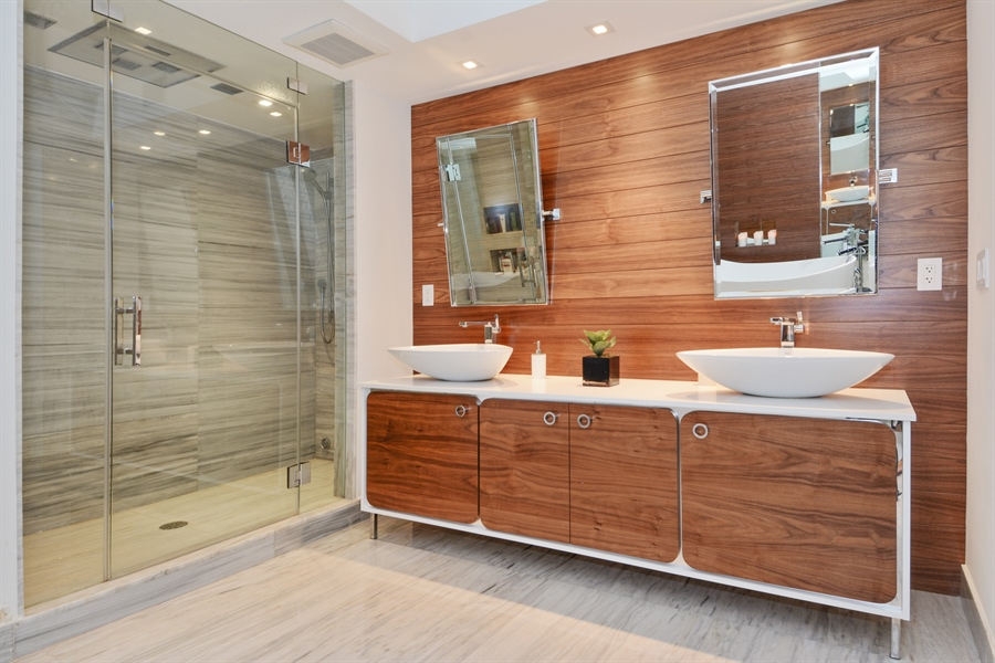Real Estate Photography - 3301 NE 183rd St, Unit 3008, Aventura, FL, 33160 - Master Bathroom