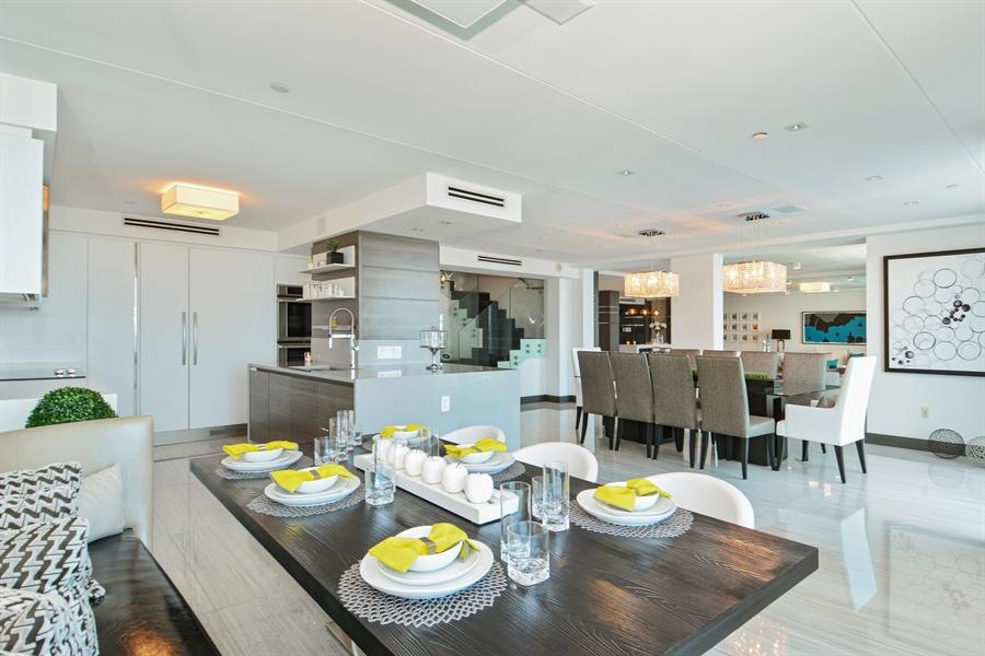 Real Estate Photography - 3301 NE 183rd St, Unit 3008, Aventura, FL, 33160 - Kitchen / Dining Room