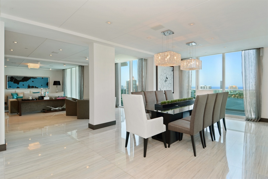 Real Estate Photography - 3301 NE 183rd St, Unit 3008, Aventura, FL, 33160 - Living Room / Dining Room
