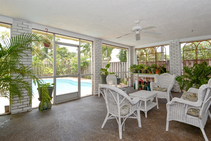 Real Estate Photography - 1504 Rodman St, Hollywood, FL, 33020 - Patio
