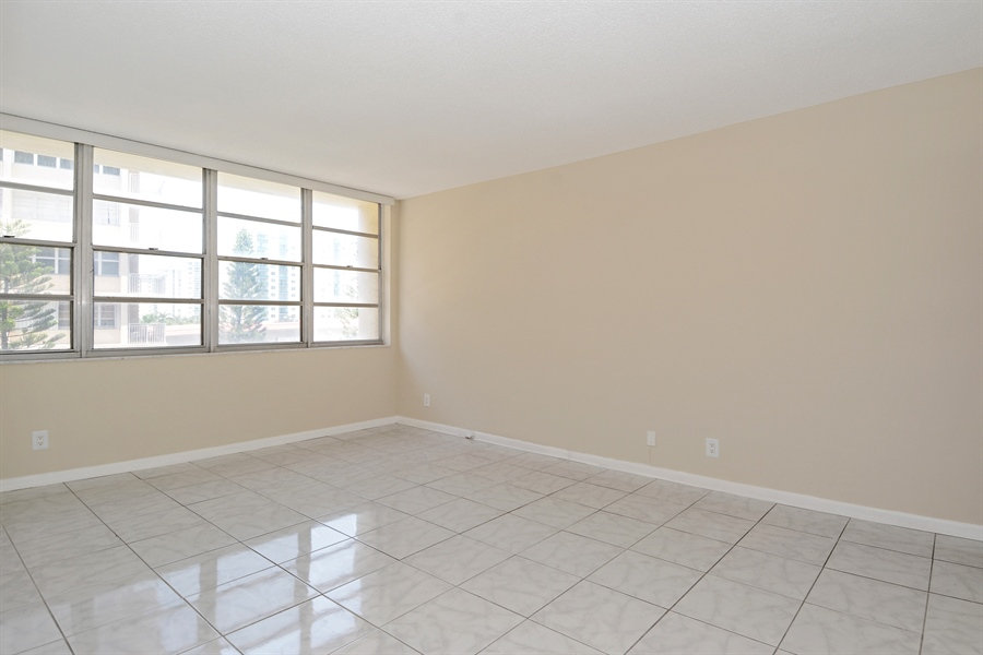Real Estate Photography - 1825 S Ocean Dr, Unit 404, Hallandale Beach, FL, 33009 - Master Bedroom