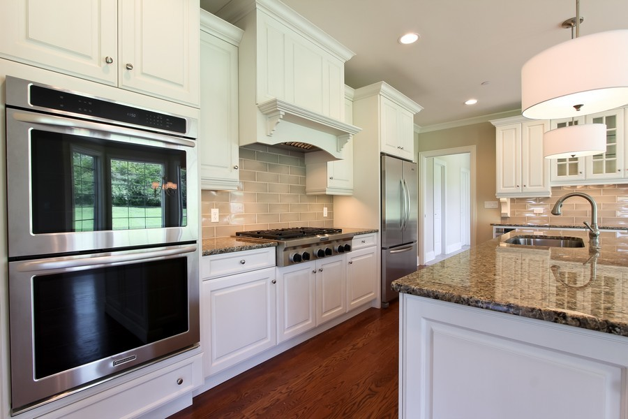 Real Estate Photography - Enclave Of Heritage Estates, Lake Barrington, IL, 60010 - Kitchen