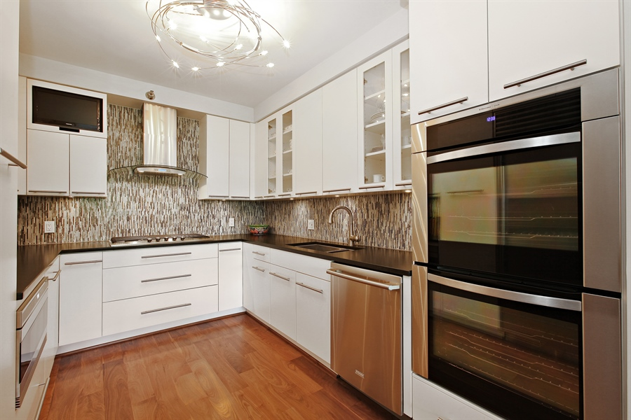 Real Estate Photography - 55 W Delaware Pl, Unit 501, Chicago, IL, 60610 - Kitchen