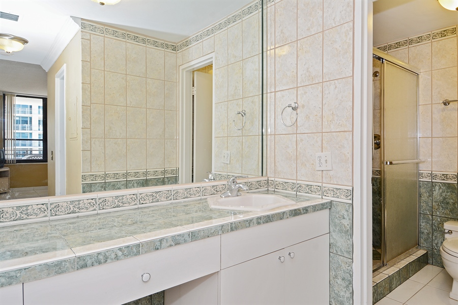 Real Estate Photography - 3505 S Ocean Dr, Unit 1116, Hollywood, FL, 33019 - Master Bathroom