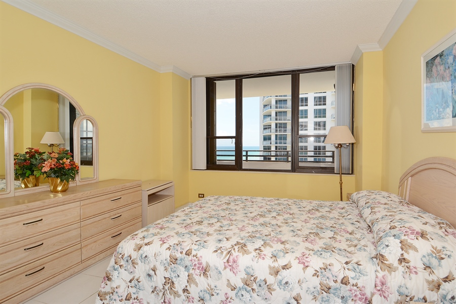 Real Estate Photography - 3505 S Ocean Dr, Unit 1116, Hollywood, FL, 33019 - Bedroom