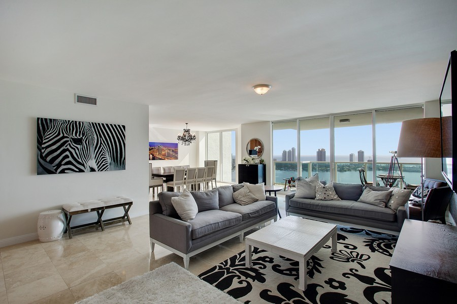 Real Estate Photography - 3201 NE 183 St, Unit 2805, Aventura, FL, 33160 - Living Room