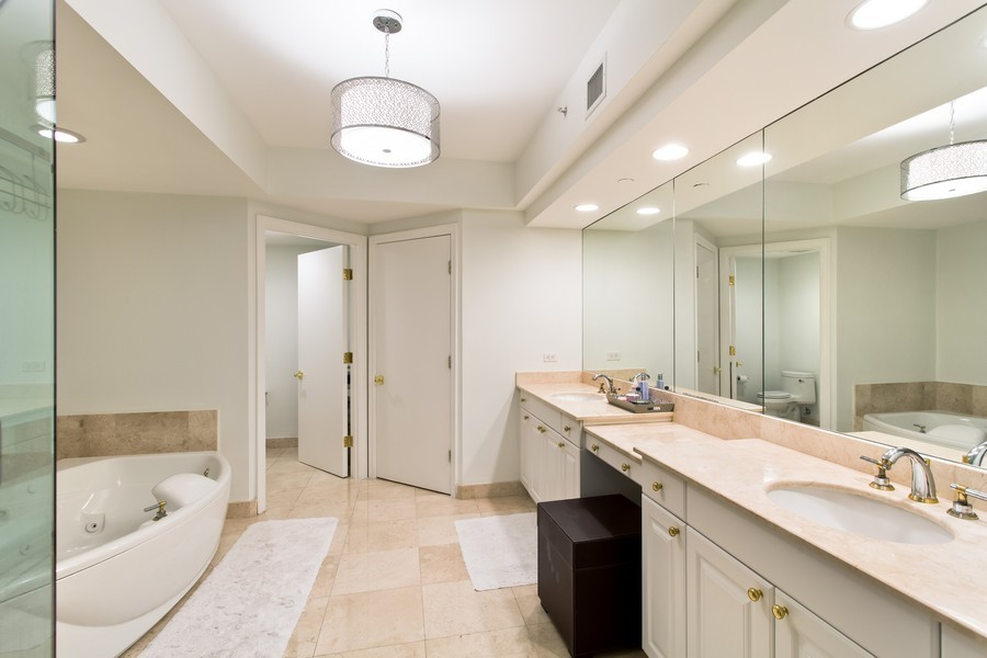 Real Estate Photography - 3201 NE 183 St, Unit 2805, Aventura, FL, 33160 - Master Bathroom