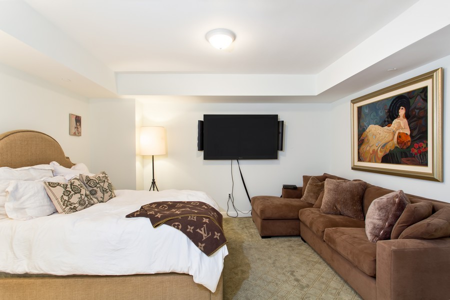 Real Estate Photography - 3201 NE 183 St, Unit 2805, Aventura, FL, 33160 - Guest Bedroom