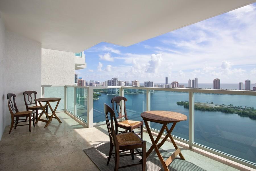 Real Estate Photography - 3201 NE 183 St, Unit 2805, Aventura, FL, 33160 - Balcony
