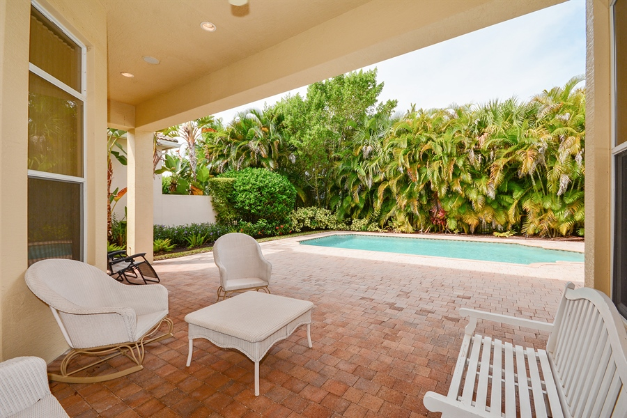 Real Estate Photography - 501 Via Toledo, Palm Beach Gardens, FL, 33418 - Patio