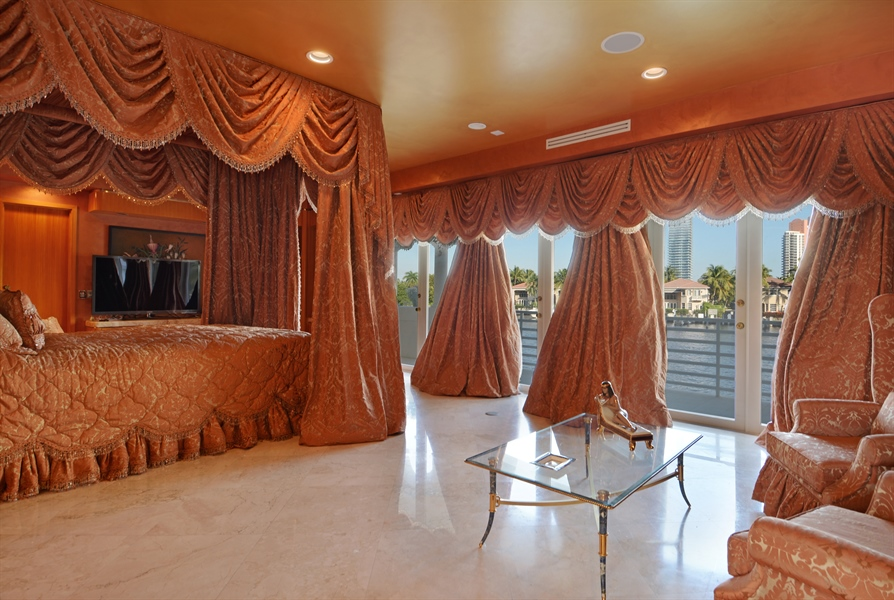 Real Estate Photography - 19565 NE 37th Ave, Aventura, FL, 33180 - Master Bedroom