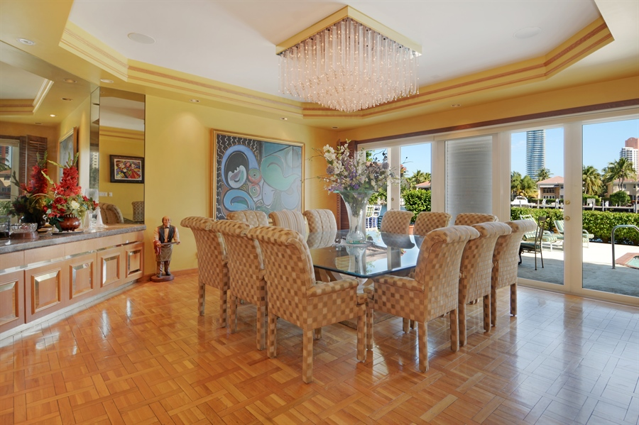 Real Estate Photography - 19565 NE 37th Ave, Aventura, FL, 33180 - Dining Room