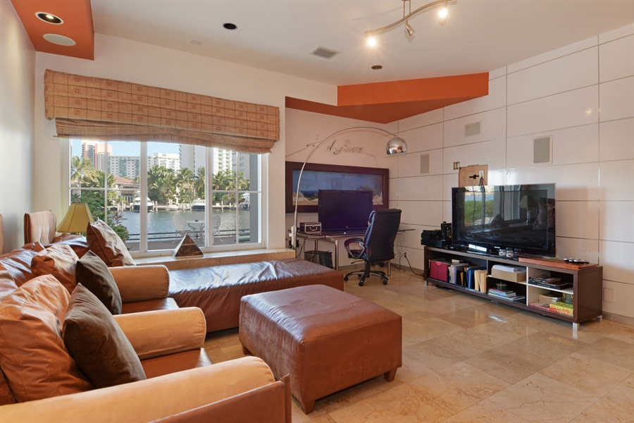 Real Estate Photography - 19565 NE 37th Ave, Aventura, FL, 33180 - Den