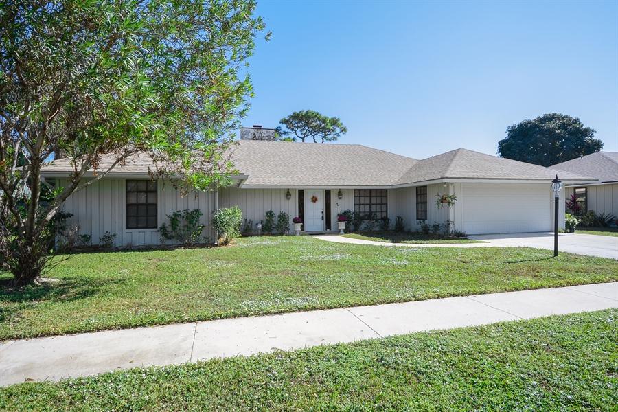Real Estate Photography   2582 MonacoTer, Palm Beach Gardens, FL, 33410    Front ...