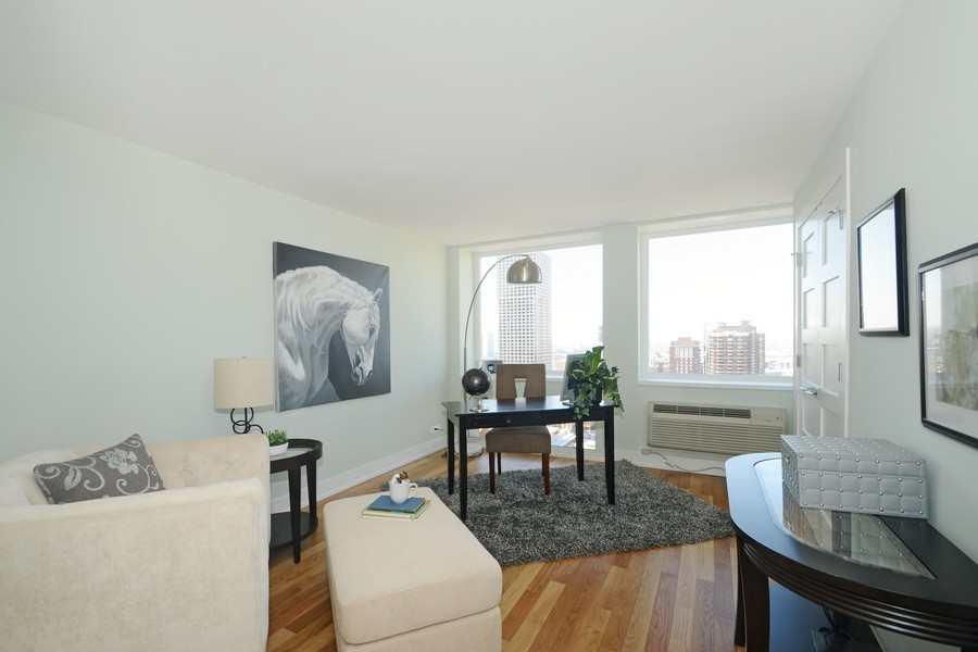 Real Estate Photography - 1110 N Lake Shore Dr, Unit 33S, Chicago, IL, 60611 - 2nd Bedroom