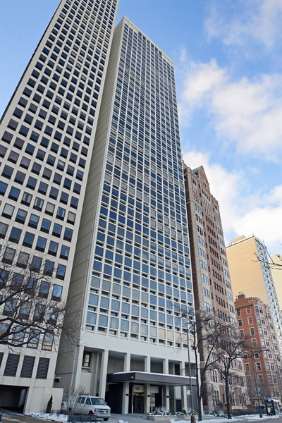 Real Estate Photography - 1110 N Lake Shore Dr, Unit 33S, Chicago, IL, 60611 - Front View