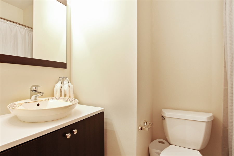 Real Estate Photography - 719 W 31st St, Chicago, IL, 60616 - Bathroom