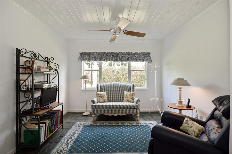 Real Estate Photography - 2769 NW 29th Ave, Boca Raton, FL, 33434 - Family Room