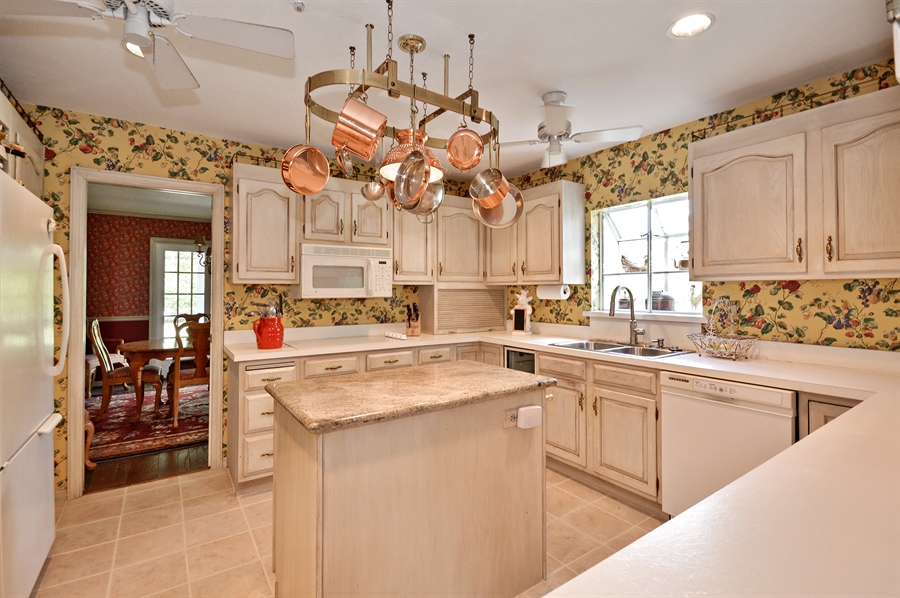 Real Estate Photography - 2769 NW 29th Ave, Boca Raton, FL, 33434 - Kitchen