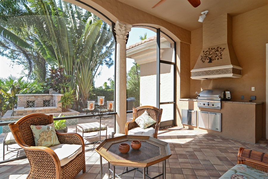 Real Estate Photography - 206 Via Sanremo, Port St Lucie, FL, 34984 - Sun Room
