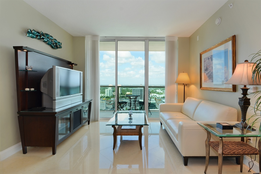Real Estate Photography - 350 SE 2nd St, 2820, Fort Lauderdale, FL, 33301 - Living Room