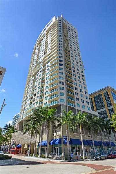 Real Estate Photography - 350 SE 2nd St, 2820, Fort Lauderdale, FL, 33301 - 350 Las Olas Place