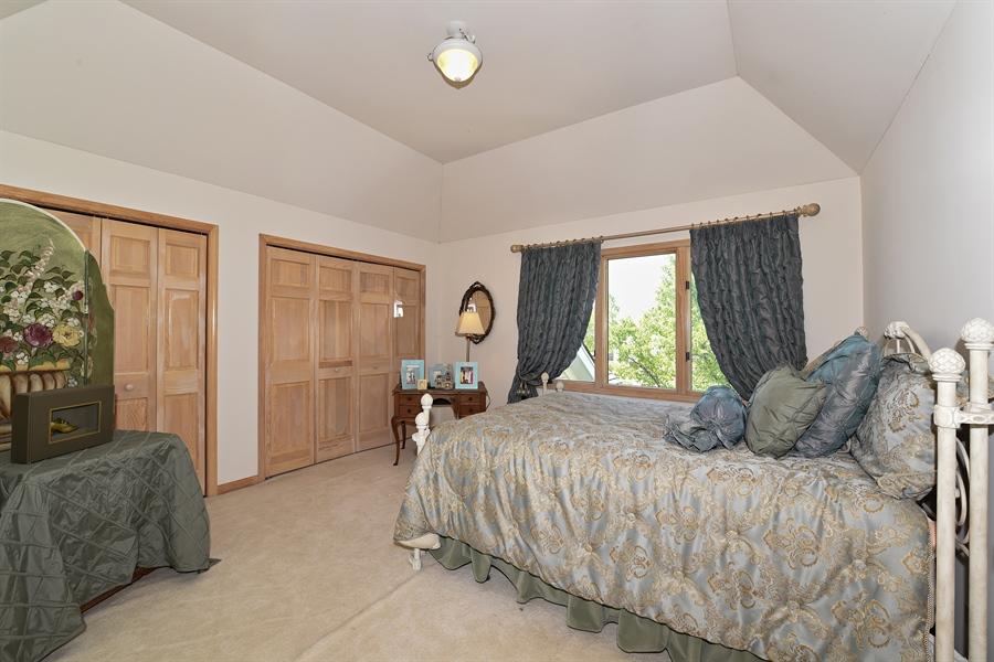 Real Estate Photography - 6812 Fieldstone Dr, Burr Ridge, IL, 60527 - 2nd Bedroom